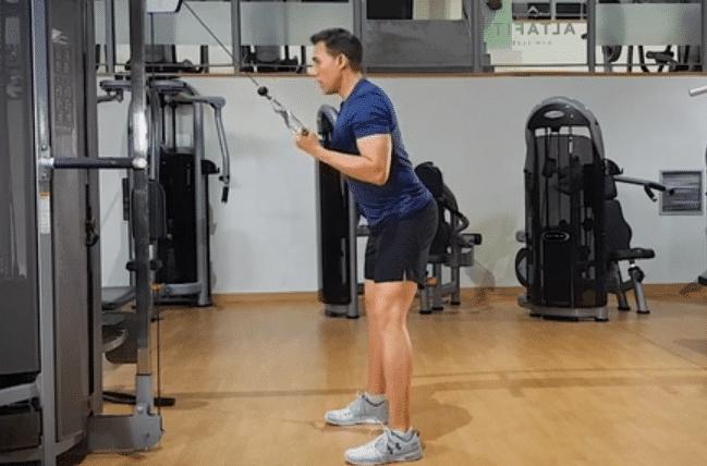extension de triceps con polea