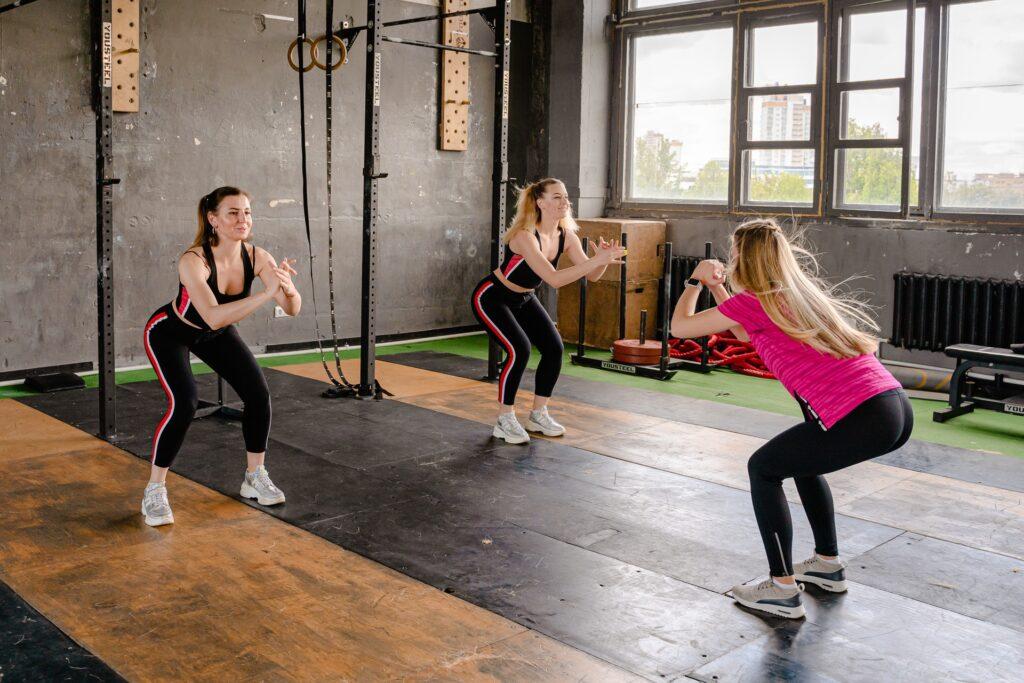 Cómo hacer ejercicios en casa sin máquinas de ejercicios