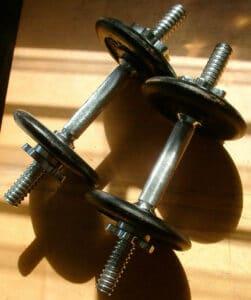 armar tu equipo para levantar peso