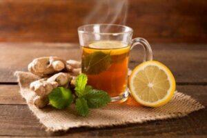 infusión de té verde, limón y jengibre para adelgazar